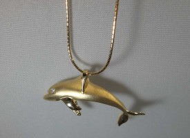 3D 14k gold diamond dolphin necklace