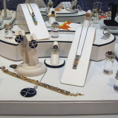 Jewelry by Cole Display